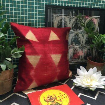 Cushion Cover Raw Silk Shibori Dye Triangle 16 Red Beige